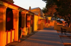 beautiful-rottnest-colours-bring-warmth-to-your-winter-mornings-photo-by-michelle-izzi